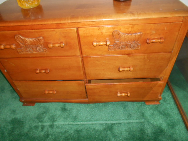 COLLECTIBLES: Virginia House Hard Maple Bedroom Set/ Conestoga Wagon (full  Bed, ...