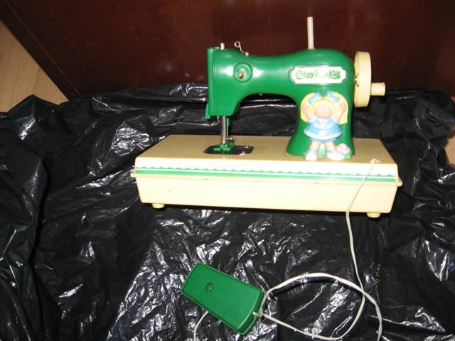 SATURDAY JANUARY 40 40 At 4040AM Awesome 18 Doll Sewing Machine